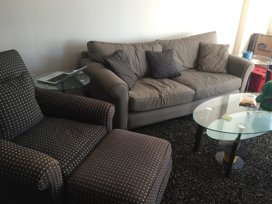Letgo Couch And Chair In Dallas