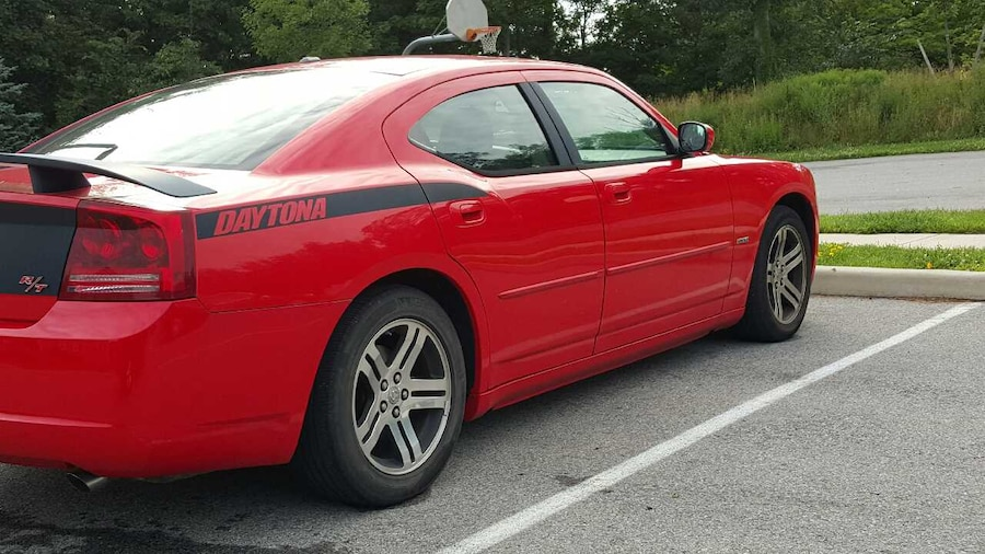 Dodge Charger With A Hemi Autos Post