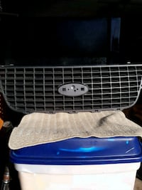 2003 ford expedition insert grill