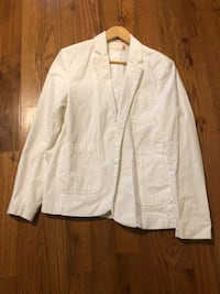 Light weight sports coat by Guess. Small. White. Stylish. Simple   Rogersville, 37857