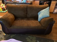 Two and three seater couch set! $250 for both!!! Riverside, 92505
