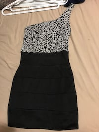 women's black and white strapless dress Ottawa, K2C 1G8