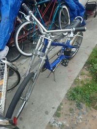 blue and gray cruiser bicycle Los Angeles, 90744