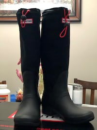 Hunter Original Tour Canvass full boots used once size 7 Edmonton, T6R 0R6