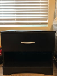Black nightstand with drawer San Diego, 92109