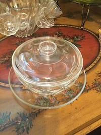 Vintage Pyrex clear glass teardrop covered casserole dish with lid and tray Jeffersonton, 22724