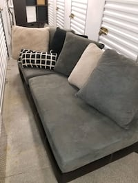 Great Two Piece Secional Sofa With Ottoman&Vase !! Arlington, 22204