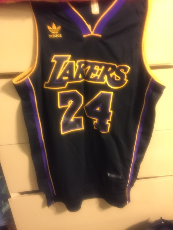 cheap for discount 60851 bd4bc Black and purple Los Angeles Laker Kobe Bryant 24 jersey shirt small