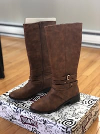 Pair of brown leather boots Salem, 03079