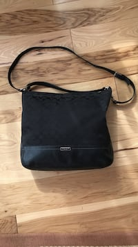 Coach signature large tote bag.. Collingswood, 08108