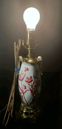 Asian Inspired Lamp - Light Blue - Great Condition Waldorf, 20602