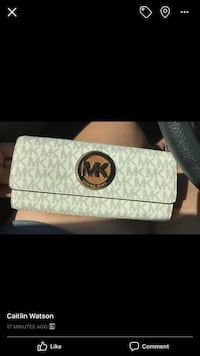 white and gray Michael Kors wristlet Myersville, 21773