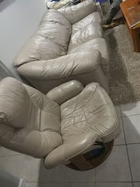 Couch and chair bundle Sterling, 20166