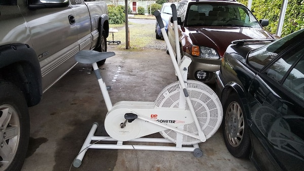 ac20e7d64f30 Used DP Airgometer Exercise Bike for sale in Portland - letgo