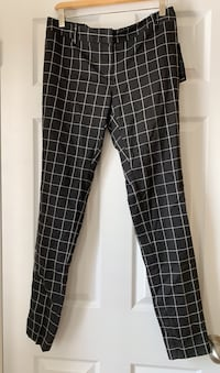 Skinny pants from Jacob. Size 6. New with tags attached.  Ajax, L1T 0K1