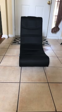 black leather padded rolling chair Portsmouth, 23703