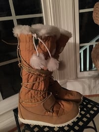 Girls size 13 Toddler Timberlands Boots