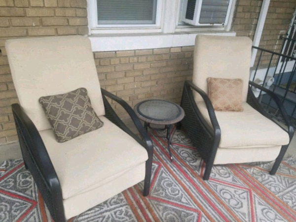 Patio chairs (recliner)