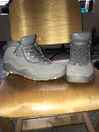 Cool Grey Jordan 10s (Size 13) Washington, 20032
