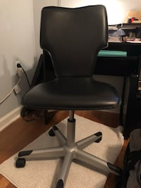 Office Chair w/ Wheels Brentwood, 20722