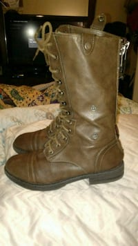 Steve Madden Brown Leather Boots, Size 8. 1177 mi