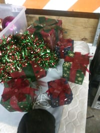 Light up Gift boxes Louisville, 40229