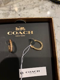 COACH earrings - NEW Burnaby, V3J 1J7