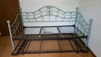 Twin trundle bed frame North Aurora