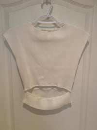 Aritzia Wilfred Free Cut-Out Knit Top Mississauga, L5G 3X3