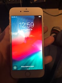 iPhone 6s ( 32gb )  Mississauga, L5A 3Y4