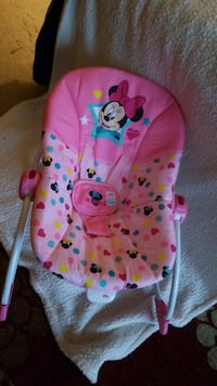 Mickey mouse vibrating chair