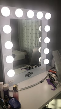 Used Vanity Girl Hollywood Mirror With Led White Lights For Sale In