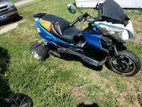 blue and black motor scooter Wichita, 67214