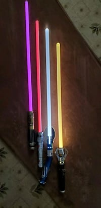 Various lightsabers (sold separately/as set) Hanover, 17331