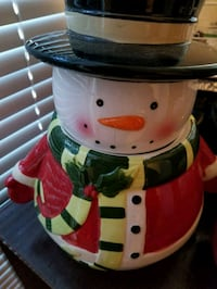 white and red snowman ceramic figurine 2385 mi