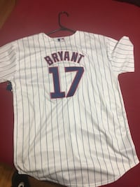 2 cubs youth size Jerseys $50 each Chicago, 60637