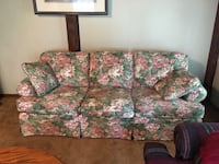 Broyhill Floral Couch