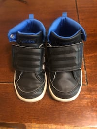 Boys Adidas black and blue high tops. Size 8 New Castle, 19720