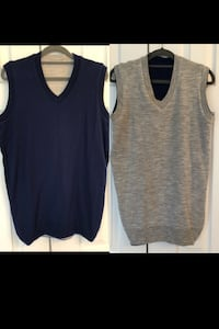 Men's Reversible sweater vest. New without tags. Size Small Chantilly, 20152