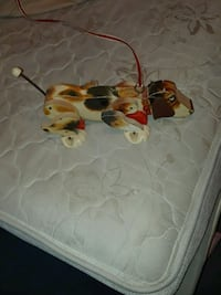 Old Fisher price snoopy toy.. nice..