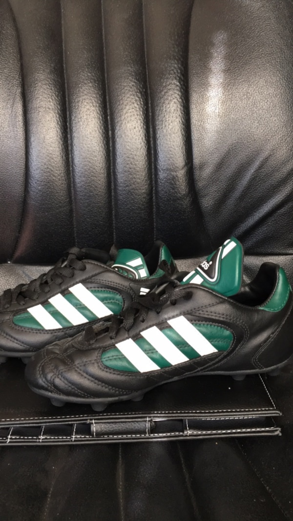 Adidas three stripes leather soccer shoes