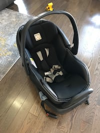 Peg-Perego Primo Viaggio 4/35 Infant Car Seat with Base Vaughan, L4H 3H5