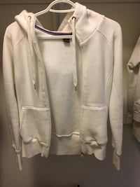 Women's aritzia tna hoodie - size small - used condition New Tecumseth, L0G 1W0