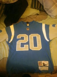Barry Sanders sweater jersey