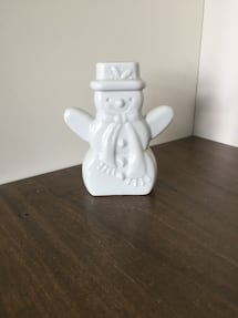 Ceramic snowman decor