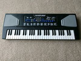 Electronic Keyboard, battery powered