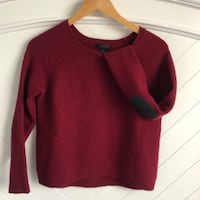 J.Crew wool elbow patch sweater. Size small.  Richmond, V7E 6M9