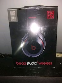 Beats Solo Brand New unopened