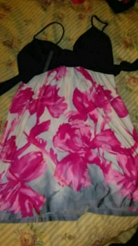 white and pink floral print dress Stockton, 95206