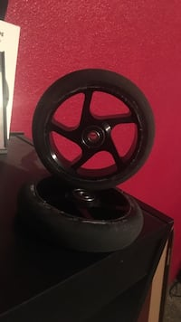 Black Pro Scooter Wheels With Bearings Price, 84501